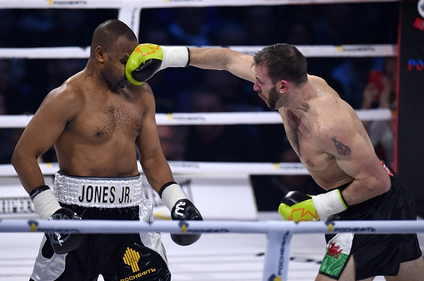 American-Russian Roy Jones Jr. Vs British Boxer Enzo Maccarinelli Fight In Moscow