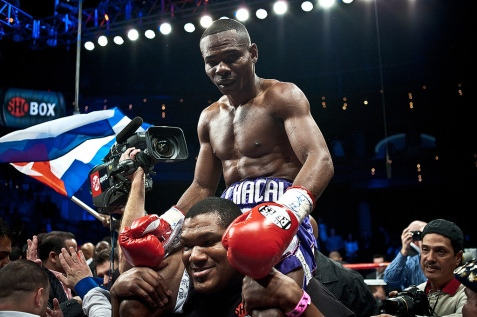 Guillermo_Rigondeaux_after_the_win_vs._Rico_Ramos_20JAN2012_Las_Vegas_-_Palms_Casino