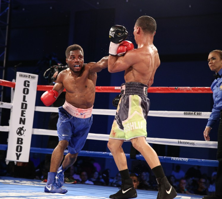 Emanuel-Rivera-vs-Nate-Green-08.jpg