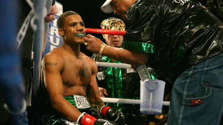 Andre-Dirrell-familyname