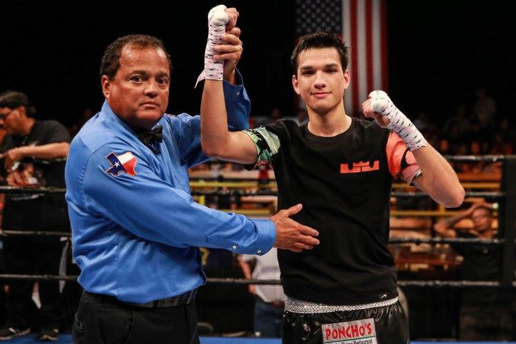 Brandon-Figueroa-v.-Jonell-Nieves_Fight_Ryan-Greene-_-Premier-Boxing-Champions11.jpg